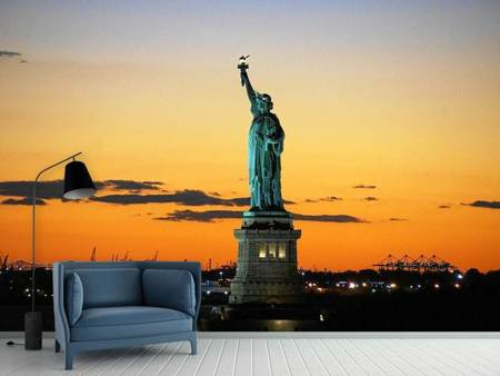 Photo Wallpaper Statue of Liberty in the evening light